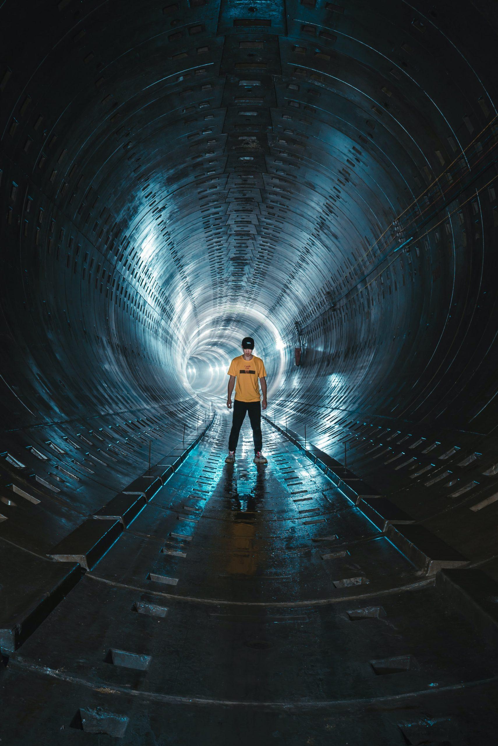 Tunnel_man